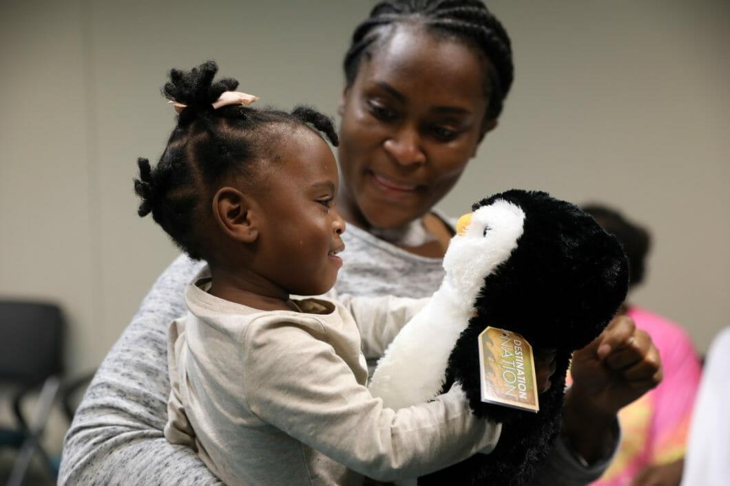 Georgia Aquarium Visits Children's Healthcare of Atlanta 4